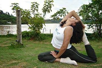 Soñar con Yoga